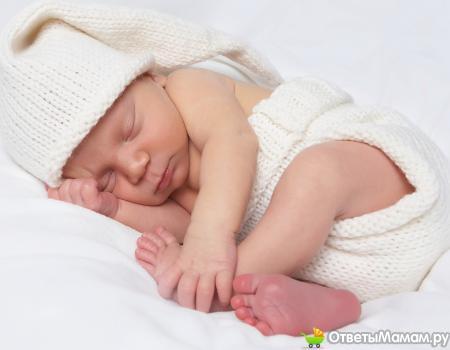 Как правильно выбирать одежду для новорожденного?
