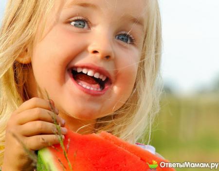 Почему ребенок много пьет жидкости?