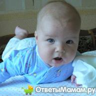ребёнок переворачивается на живот