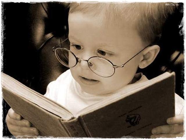 Два фактора определяют уровень интеллекта ребенка